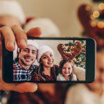 Il Natale sul web: shopping, foto e gruppi Whatsapp